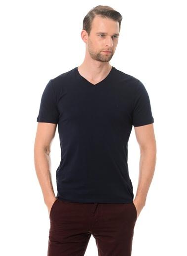 Kip V Yaka Tişört